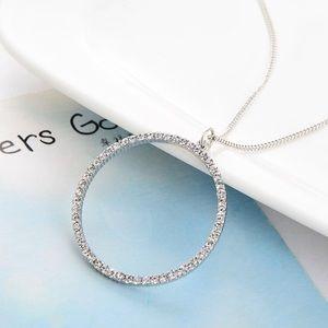 Jewelry - 🌷 Venus Rhinestone Necklace